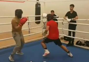 boxing pivot